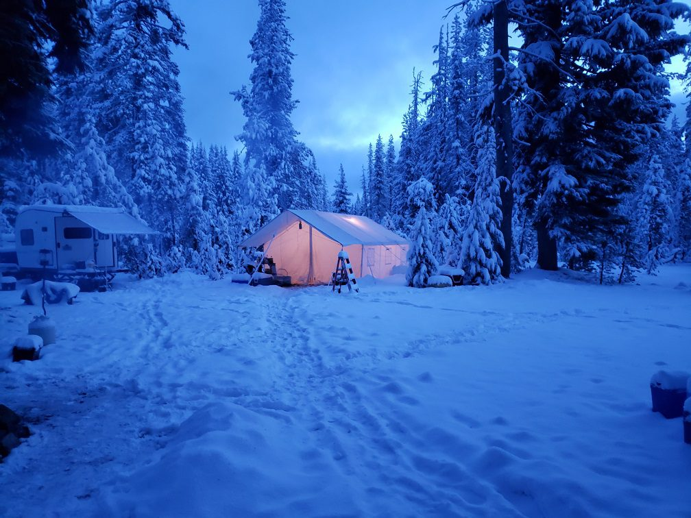 winter tent for living in the outdoors